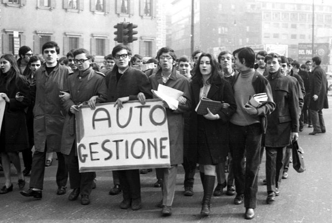 Siamo in pieno Sessantasette: il Regio Politecnico di Torino è in rivolta