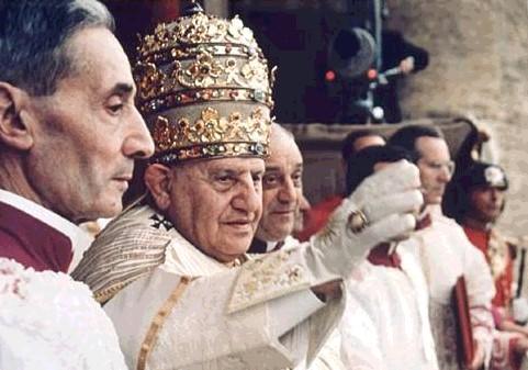 [IMG]http://www.fmboschetto.it/didattica/Tesina_La_Bibbia/Giovanni_XXIII.jpg[/IMG]