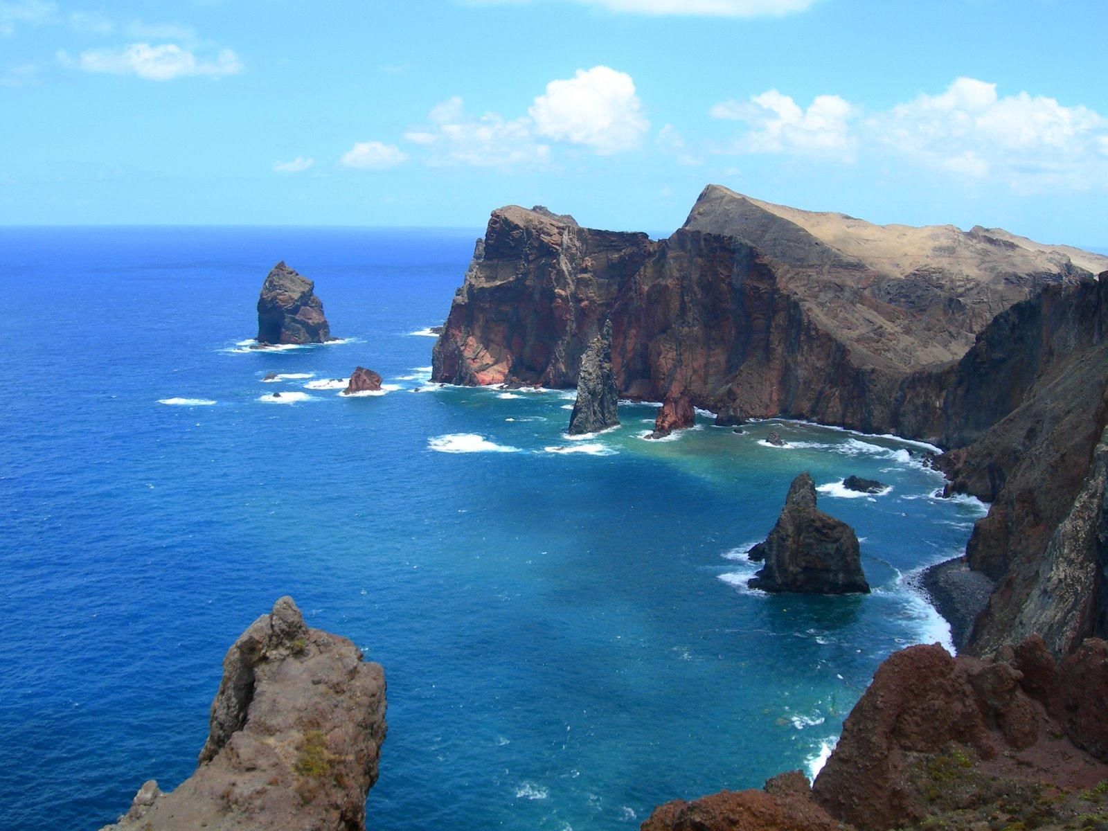 http://www.fmboschetto.it/images/geologia/scogliera_Madeira.JPG